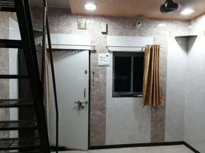 Gallery Cover Image of 360 Sq.ft 1 BHK Independent House for rent in Malad East for 14000