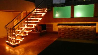 Gallery Cover Image of 5000 Sq.ft 4 BHK Apartment for buy in Lokhandwala Imperial Heights, Bandra West for 187500000