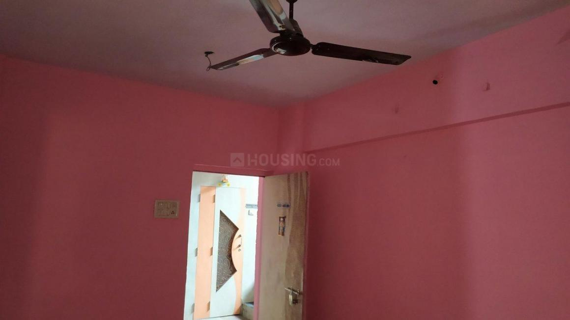 Living Room Image of 600 Sq.ft 1 BHK Apartment for rent in Thane West for 15500