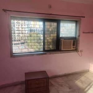 Gallery Cover Image of 640 Sq.ft 1 BHK Apartment for rent in Malad West for 27000