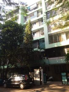 Gallery Cover Image of 1000 Sq.ft 2 BHK Apartment for rent in Rizvi Nectar Apartment, Bandra West for 82000