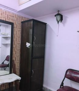 Gallery Cover Image of 350 Sq.ft 1 RK Apartment for rent in Andheri West for 24000