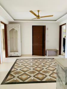 Gallery Cover Image of 1800 Sq.ft 3 BHK Independent Floor for buy in Sector 55 for 14500000