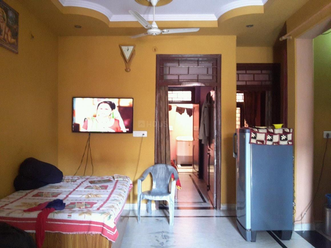 Living Room Image of 900 Sq.ft 2 BHK Independent Floor for buy in Pratap Vihar for 4200000