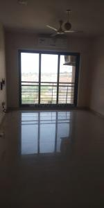 Gallery Cover Image of 1050 Sq.ft 2 BHK Apartment for rent in K Raheja Heights, Malad East for 48000