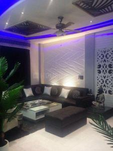 Gallery Cover Image of 1185 Sq.ft 2 BHK Apartment for rent in ATS Haciendas, Ahinsa Khand for 23000