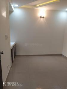 Gallery Cover Image of 1500 Sq.ft 3 BHK Apartment for rent in CGHS Chopra Apartment, Sector 23 Dwarka for 30000