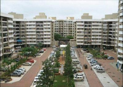 Gallery Cover Image of 1200 Sq.ft 3 BHK Apartment for buy in Evershine Tower, Kandivali East for 27000000