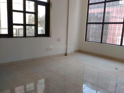 Gallery Cover Image of 850 Sq.ft 2 BHK Independent Floor for rent in Chhattarpur for 10000