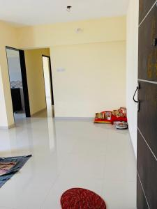 Gallery Cover Image of 625 Sq.ft 2 BHK Apartment for rent in Padle Gaon for 14000