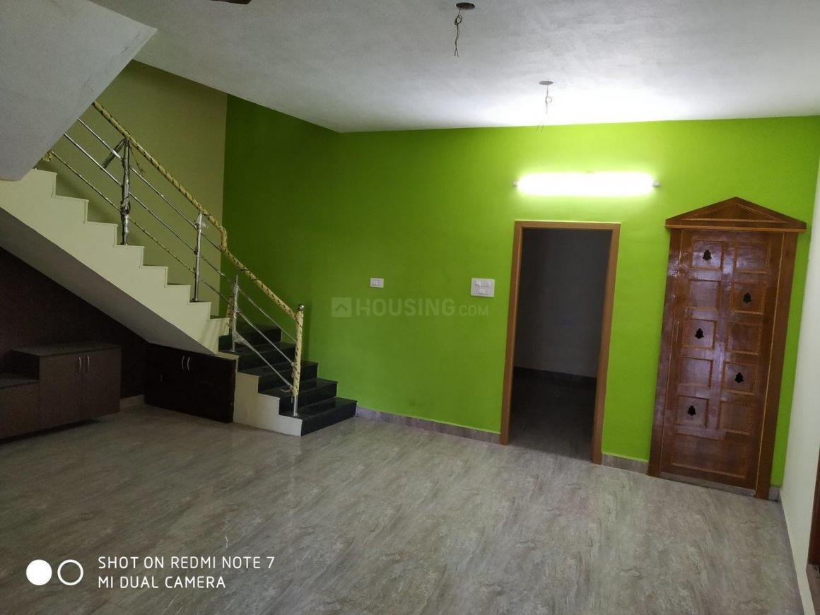 Living Room Image of 2000 Sq.ft 3 BHK Villa for rent in Perungalathur for 20000