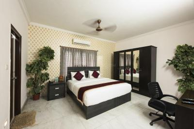Gallery Cover Image of 3600 Sq.ft 4 BHK Apartment for rent in Chembur for 175000