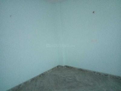 Gallery Cover Image of 550 Sq.ft 1 BHK Independent Floor for rent in Dwarka Mor for 8500