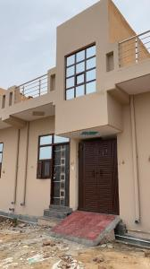 Gallery Cover Image of 1700 Sq.ft 4 BHK Villa for buy in Noida Extension for 4760000