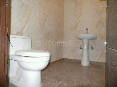 Bathroom Image of PG 4035282 Pul Prahlad Pur in Pul Prahlad Pur