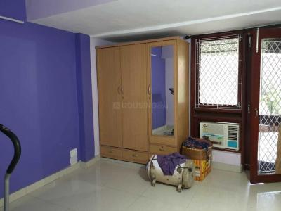 Gallery Cover Image of 450 Sq.ft 1 BHK Apartment for rent in Jasola Vihar for 11500