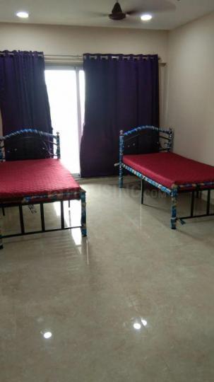 पवई में ओम साई प्रॉपर्टी के हॉल की तस्वीर