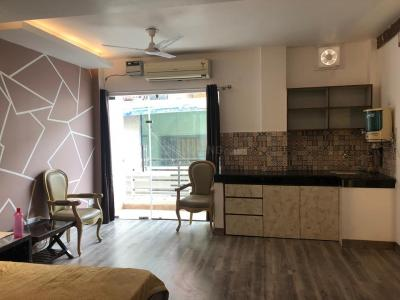 Gallery Cover Image of 400 Sq.ft 1 BHK Independent Floor for rent in Hauz Khas for 35000