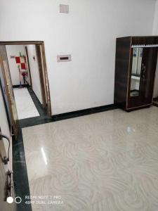 Gallery Cover Image of 1600 Sq.ft 3 BHK Independent House for buy in Dum Dum Cantonment for 7500000