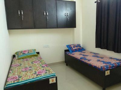 Bedroom Image of Unique PG in Shakarpur Khas