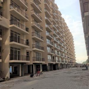 Gallery Cover Image of 800 Sq.ft 1 BHK Apartment for buy in Sector 36A for 2100000