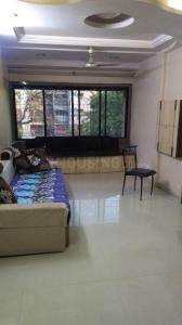 Gallery Cover Image of 850 Sq.ft 2 BHK Apartment for buy in Malad East for 17500000