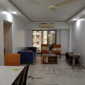 Gallery Cover Image of 1050 Sq.ft 2 BHK Apartment for rent in Brook Hill CHS LTD, Andheri West for 65000