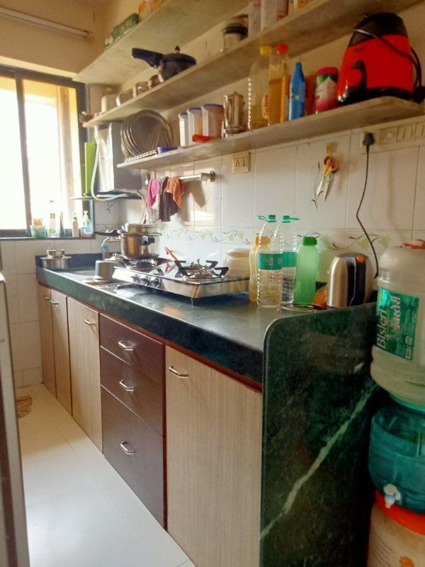 Kitchen Image of 650 Sq.ft 1 BHK Apartment for rent in Santacruz East for 40000