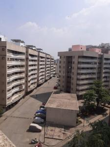 Gallery Cover Image of 550 Sq.ft 1 BHK Apartment for buy in Rustomjee Avenue J, Virar West for 2800000
