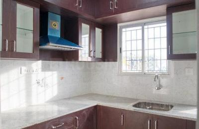 Gallery Cover Image of 1000 Sq.ft 2 BHK Apartment for rent in Rayasandra for 13700
