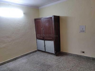 Gallery Cover Image of 900 Sq.ft 2 BHK Independent Floor for rent in Tilak Nagar for 11000