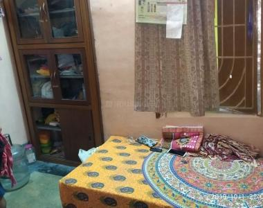 Bedroom Image of Ladies PG Mess in Garia