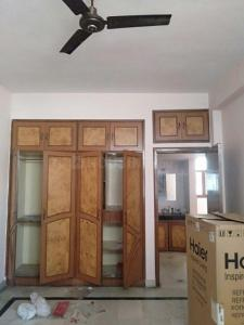 Gallery Cover Image of 1245 Sq.ft 2 BHK Apartment for rent in Omicron I Greater Noida for 10500