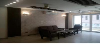 Gallery Cover Image of 2700 Sq.ft 3 BHK Independent Floor for rent in Unitech South City II, Sector 49 for 40000