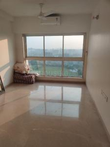 Gallery Cover Image of 530 Sq.ft 1 BHK Apartment for rent in Godrej The Trees, Vikhroli East for 40000