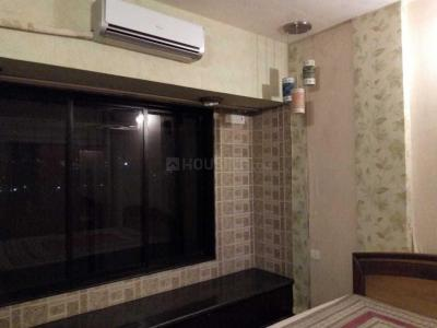 Gallery Cover Image of 1200 Sq.ft 3 BHK Apartment for rent in Dahisar West for 40000