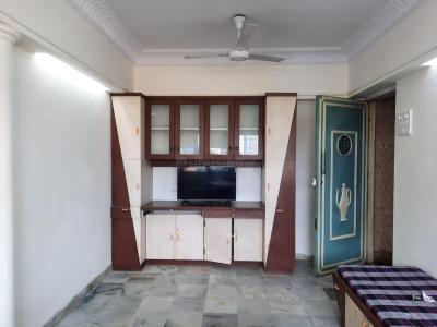 Gallery Cover Image of 600 Sq.ft 1 BHK Apartment for rent in Jyoti Vidya Apartment, Santacruz East for 30000