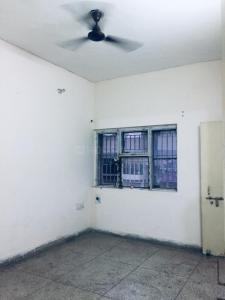 Gallery Cover Image of 600 Sq.ft 1 BHK Apartment for rent in Sector 52 for 10000