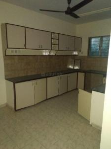 Gallery Cover Image of 1850 Sq.ft 4 BHK Apartment for rent in T Nagar for 65000