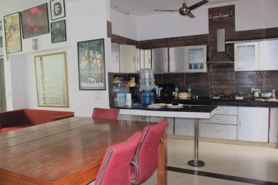Kitchen Image of Bhavnesh PG in Greater Kailash I