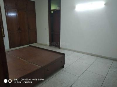 Gallery Cover Image of 1600 Sq.ft 3 BHK Independent Floor for rent in Chittaranjan Park for 40000