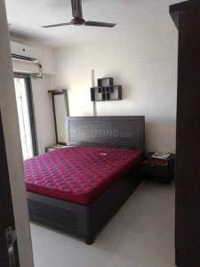 Gallery Cover Image of 1000 Sq.ft 2 BHK Apartment for rent in Bandra East for 80000