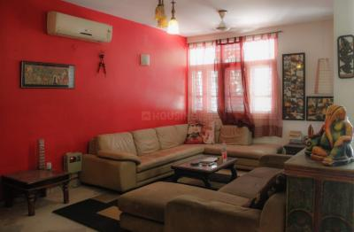 Gallery Cover Image of 2100 Sq.ft 3 BHK Independent Floor for buy in DLF Phase 3, DLF Phase 3 for 11000000