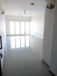 Gallery Cover Image of 1787 Sq.ft 3 BHK Apartment for rent in Kelambakkam for 30000