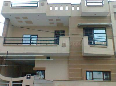 Gallery Cover Image of 816 Sq.ft 1 BHK Independent Floor for rent in Sector 5 for 12000