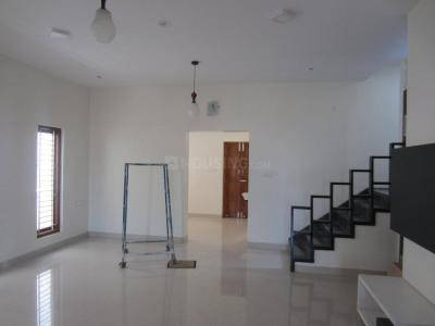 Gallery Cover Image of 1650 Sq.ft 3 BHK Villa for buy in Navavur Pirivu for 6600000