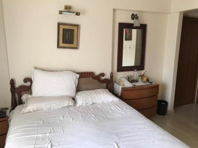 Gallery Cover Image of 1500 Sq.ft 3 BHK Apartment for rent in Khar West for 160000