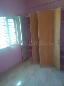 Gallery Cover Image of 850 Sq.ft 2 BHK Apartment for rent in Yemalur for 13500