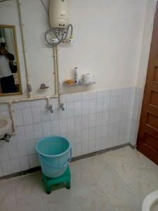 Common Bathroom Image of PG 5446423 Kalkaji in Kalkaji