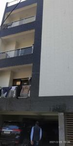 Gallery Cover Image of 900 Sq.ft 3 BHK Independent Floor for buy in Pratap Vihar for 3800000